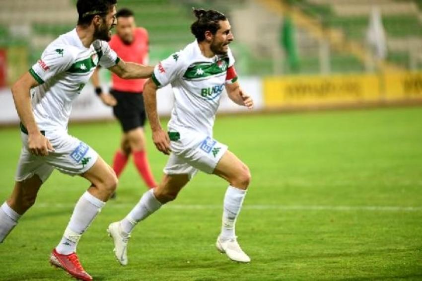 Deplasmanlarda Özer Hurmacı atıyor, Bursaspor kazanıyor