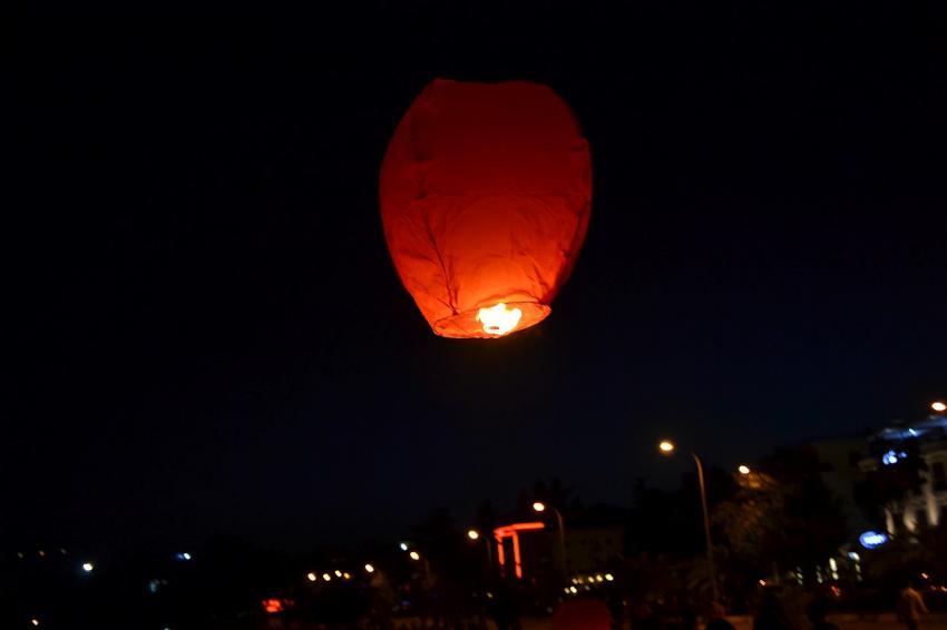 Dilek balonları yangına davetiye çıkarıyor