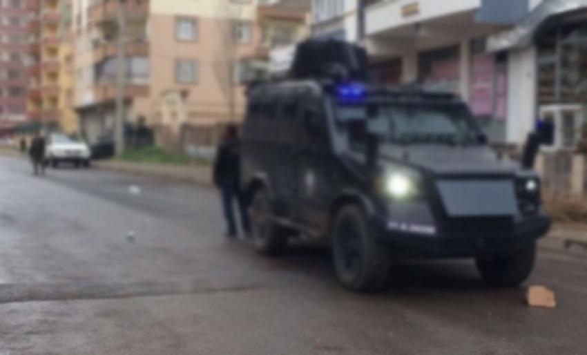 Diyarbakır'da kaza: Ölü ve yaralılar var
