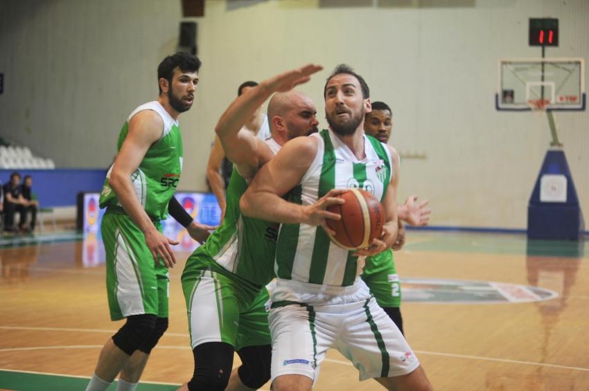 Bursaspor Basketbol 95-71 Artvin Belediyespor