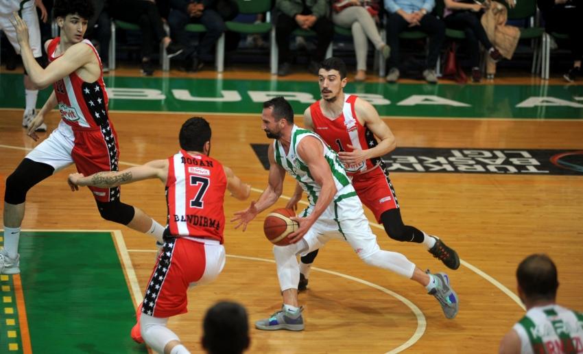 Bursaspor 85-82 Bandırma Kırmızı