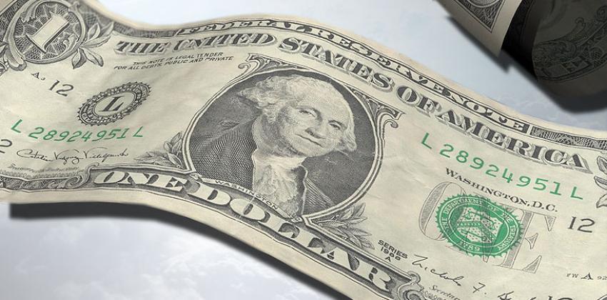 Dolar baş döndürüyor!
