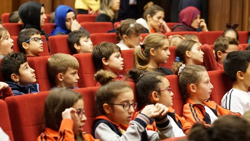 Bursa'da Gölge Oyunları Festival heyecanı sürüyor