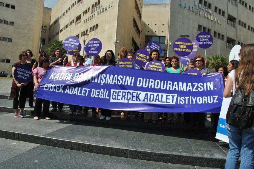 Bursa'da kadınlar eylem yaptı