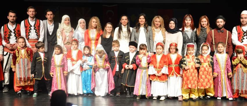 Türk dünyası el ele!