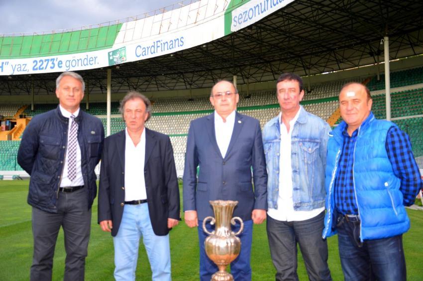 86'nın şampiyonları Bursa.com'da