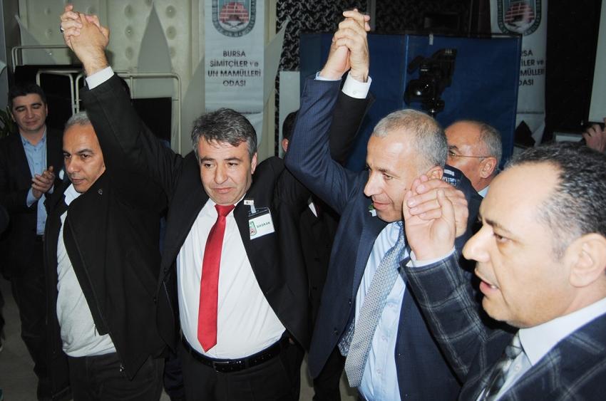 Bursa Simitçiler Odası'nda Erdal Pınar güven tazeledi