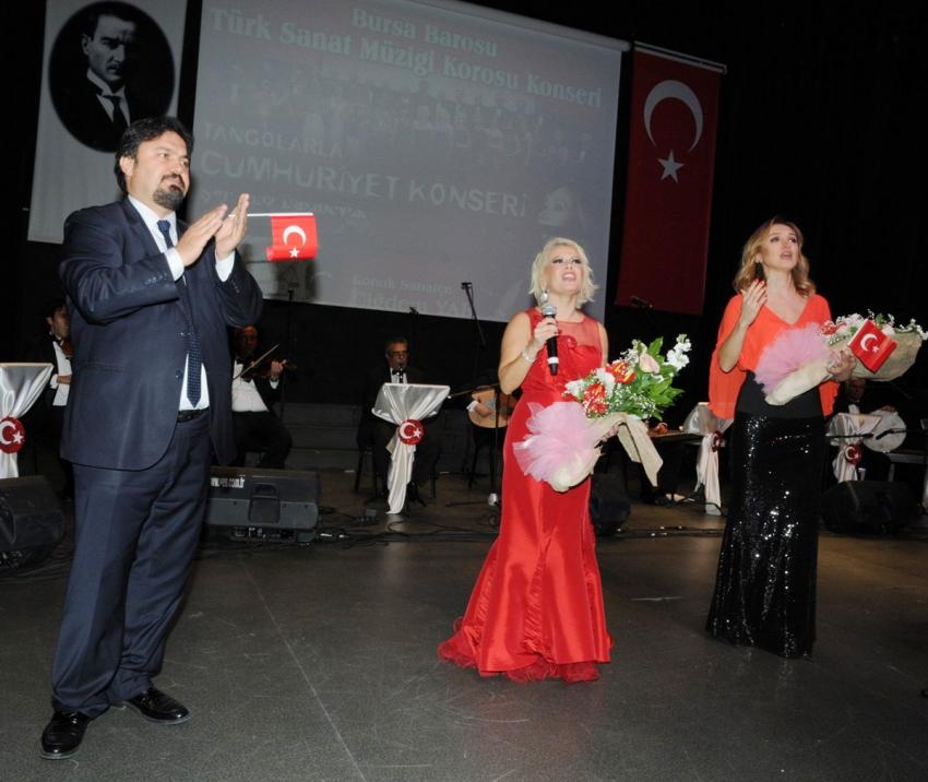 Bursa Barosu Korosu'ndan muhteşem konser