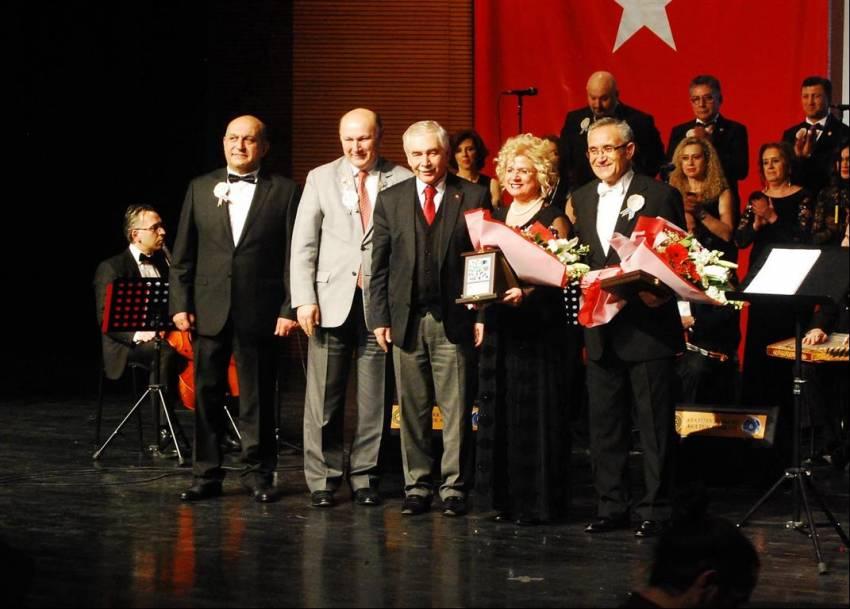 Rotary camiasını buluşturan konser