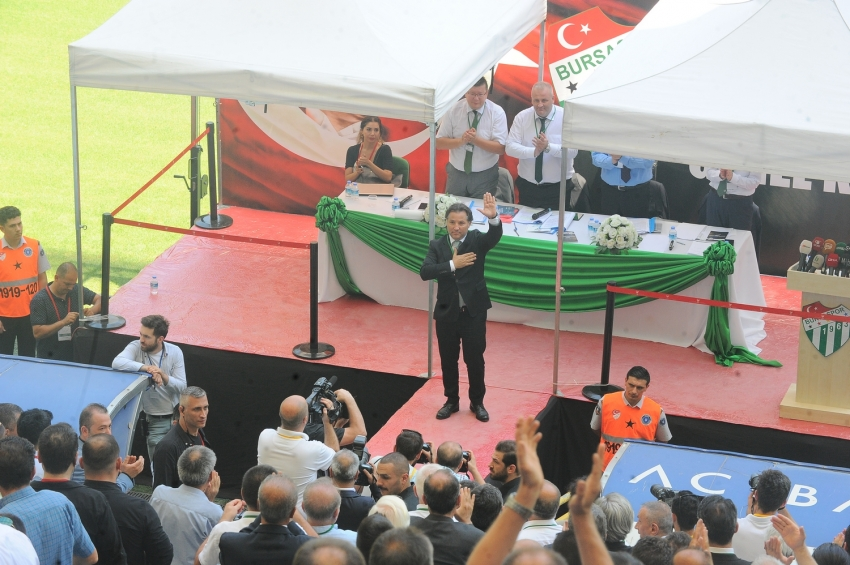 Bursaspor'un yeni Başkanı Mesut Mestan!