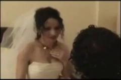 Düğün Gecesi Böyle Gelenek Mi Olur?