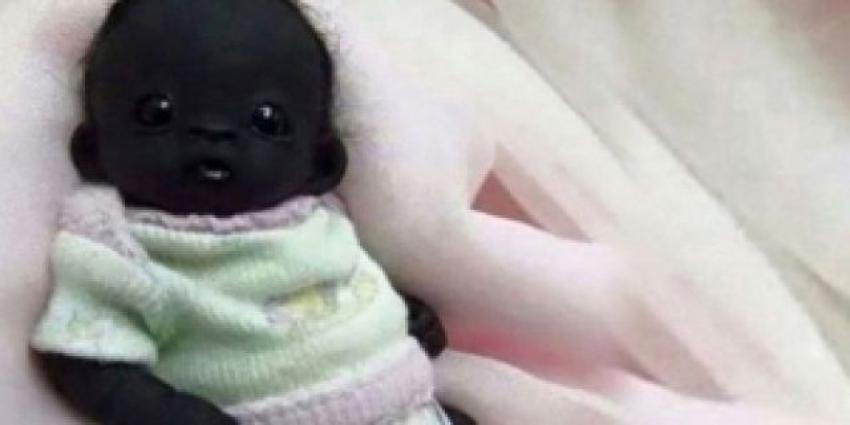 Dünyanın en siyah bebeği sosyal medyayı sallıyor!