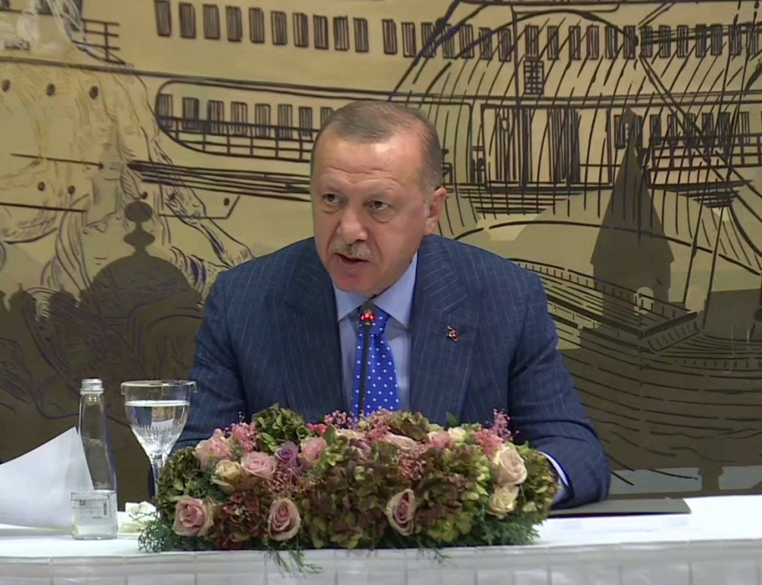 """''Ne zamandan beri bir devlet, terör örgütüyle masaya oturmuştur"""""""