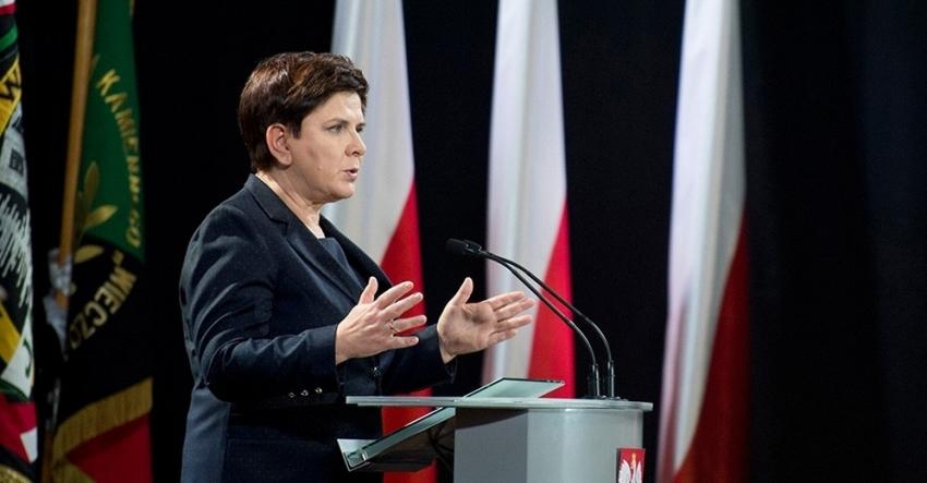 Polonya'nın yeni Başbakanı görevi devraldı