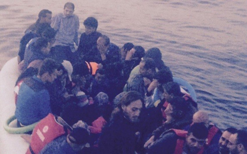 Ege'de 331 kaçak göçmen boğulmak üzereyken...