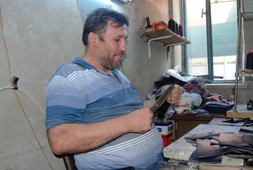 40 yıldır el yapımı ayakkabı üretiyor