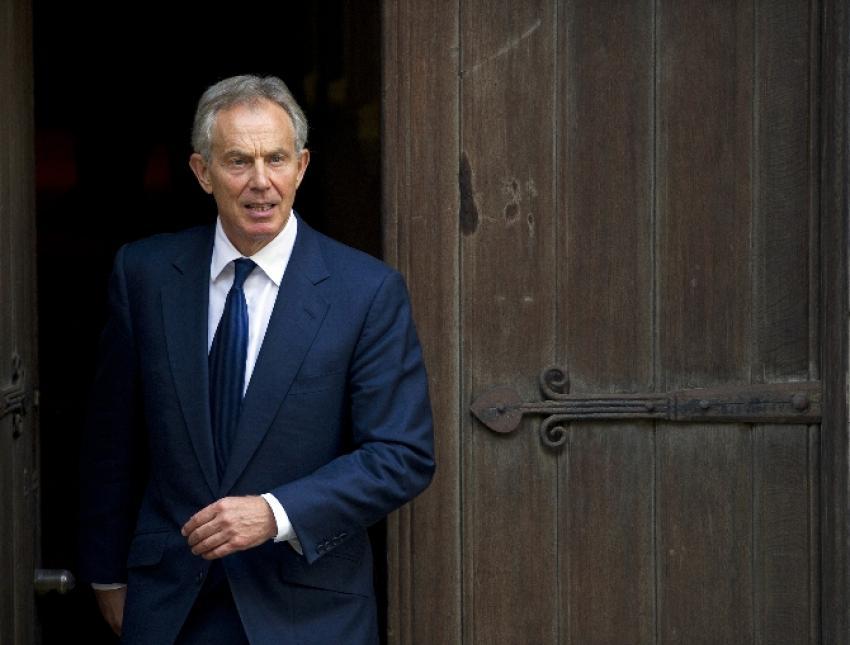 Tony Blair istifa etti