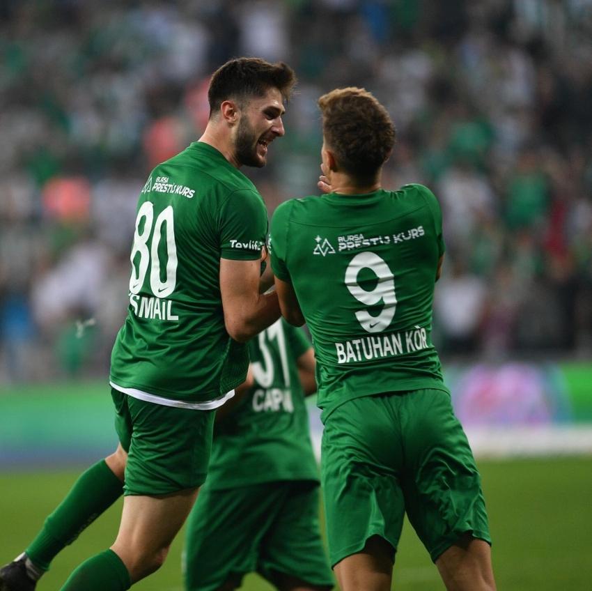 Bursaspor 3 puanı 4 golle aldı