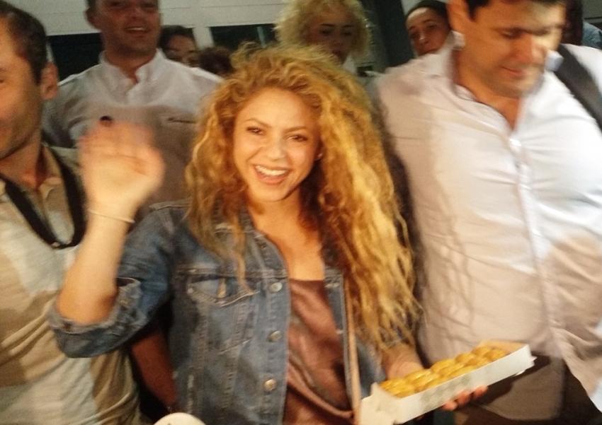 Shakira'ya baklava ikramı