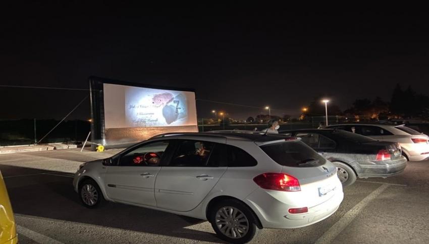 Bursa'da otomobilde film keyfi