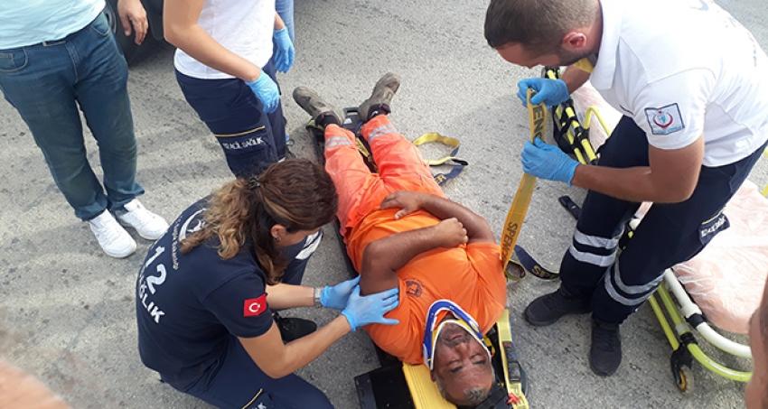 Temizlik görevlisi yaralandı.