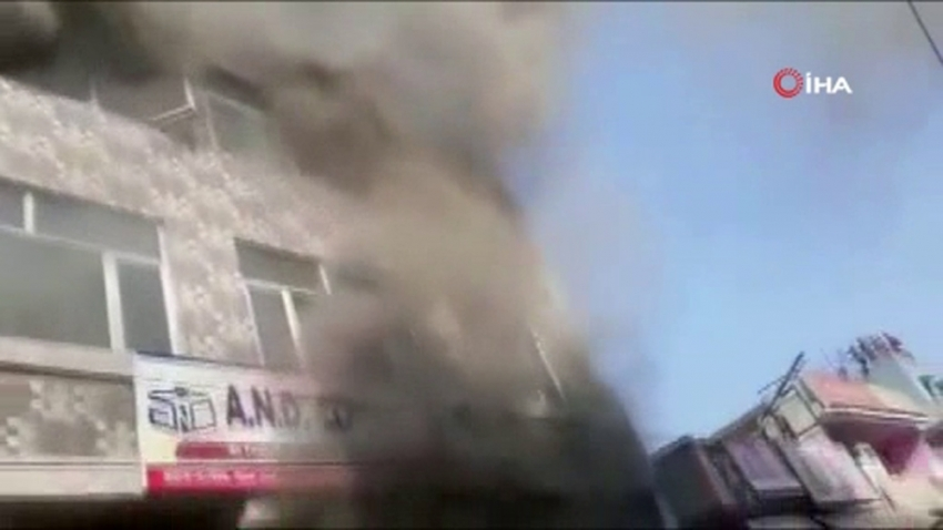 Hindistan'da okulda yangın: 2'si çocuk, 3 ölü