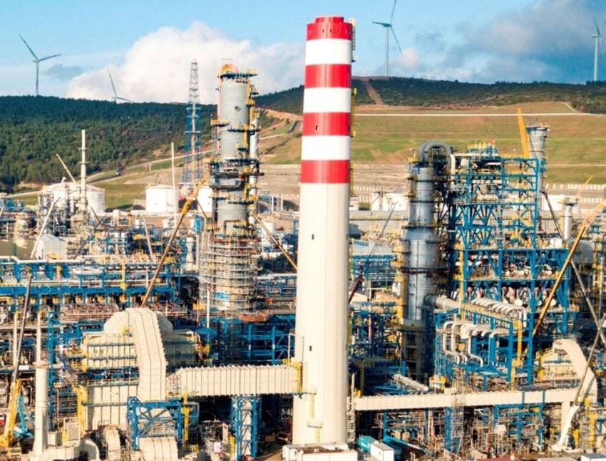Dünya petrol tüketimiyle tarihi rekor kırdı
