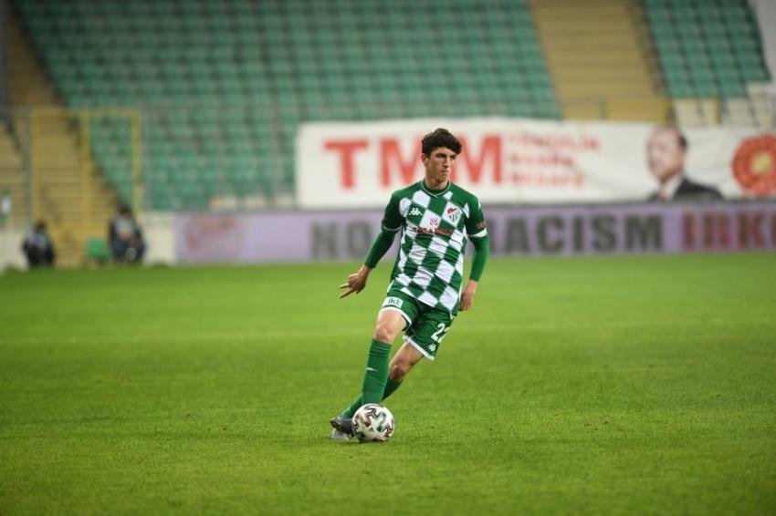 Bursaspor Taha ile sözleşme uzattı