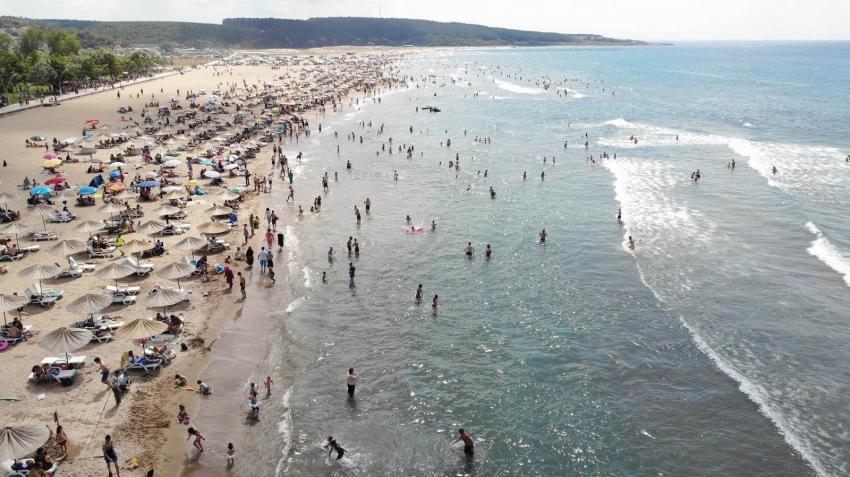 Kandıra sahillerinde denize girmek yasaklandı