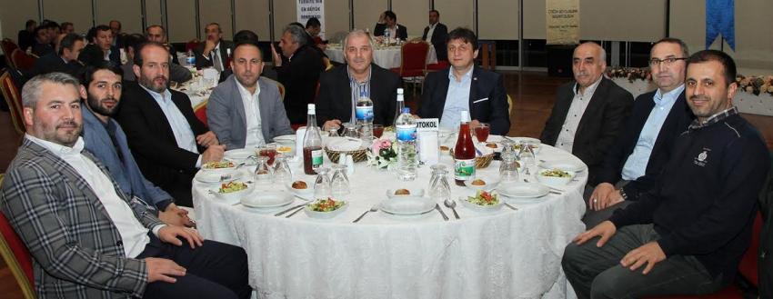 Eğitim-Bir-Sen Bursa, okul müdürleri ile buluştu