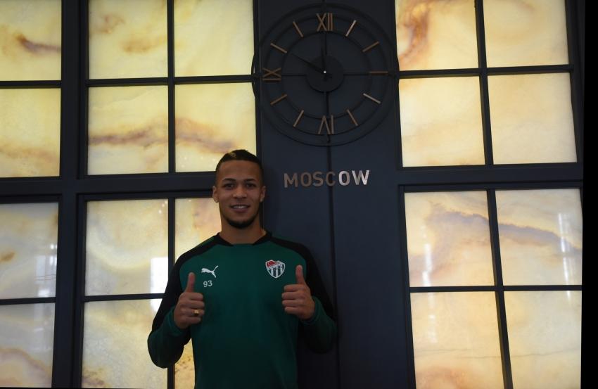 Ekong, Udinesse'ye transfer oldu
