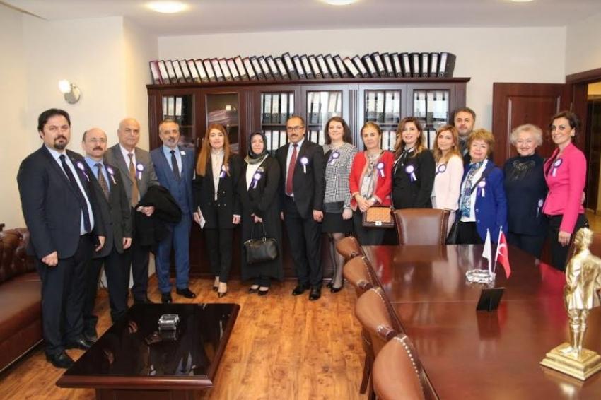Bursa Barosu Kadın Hakları Merkezi Kadınlar Günü'nde açıldı