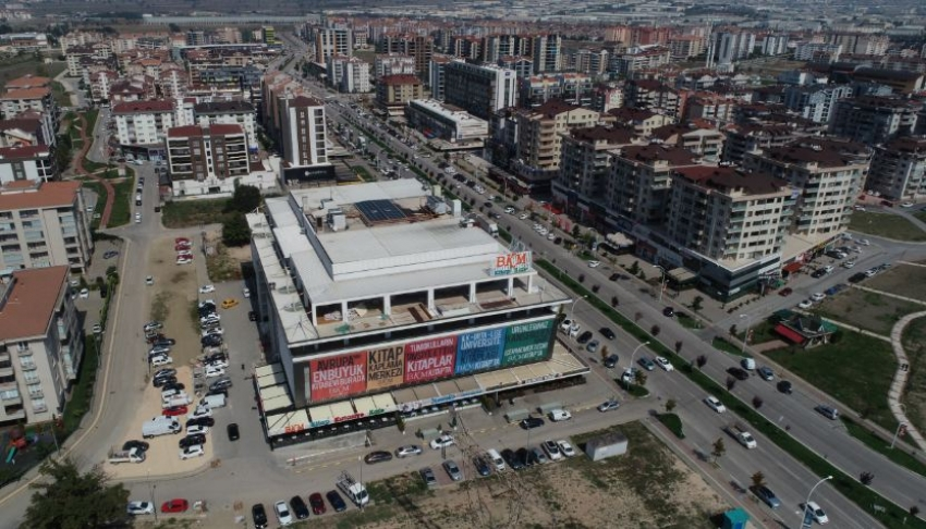 Avrupa'nın en büyük kitabevi Bursa'da