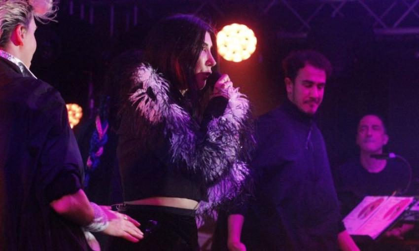 Uludağ'da Hande Yener çoşkusu