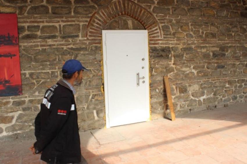 Tarihi handa her yer çelik kapı