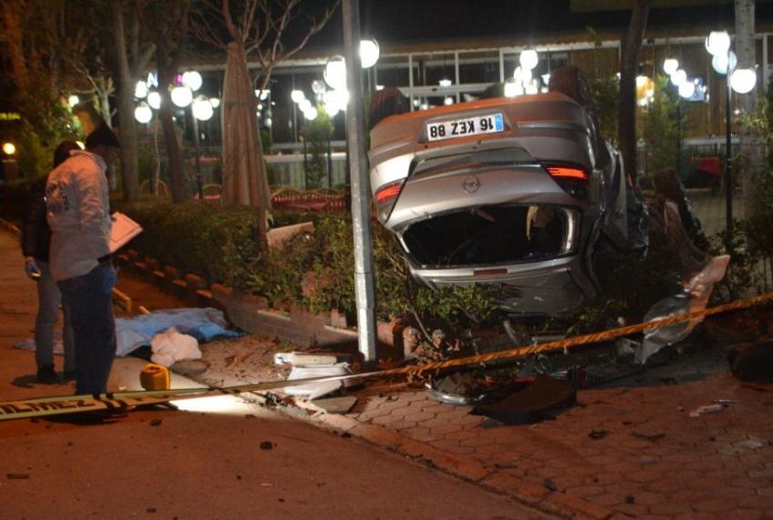 Bursa'da kaza:1 ölü 2 yaralı