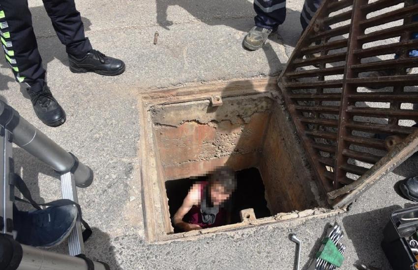 Akılalmaz olay! Kanalizasyonda yakalandı…