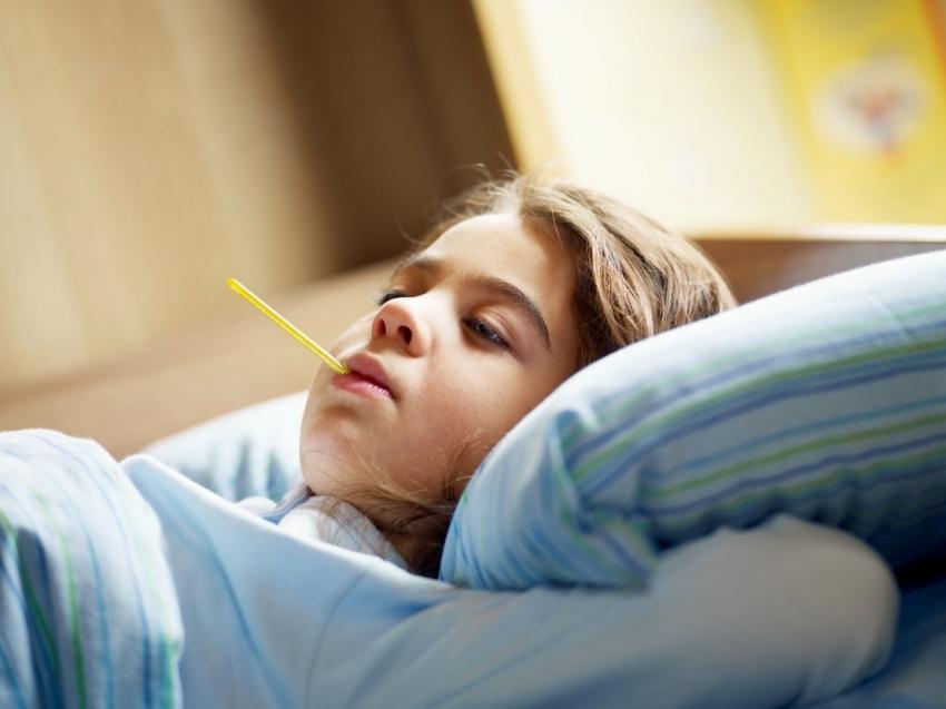 """Çocuklarda """"el-ayak-ağız hastalığı"""" sonbaharda artıyor"""