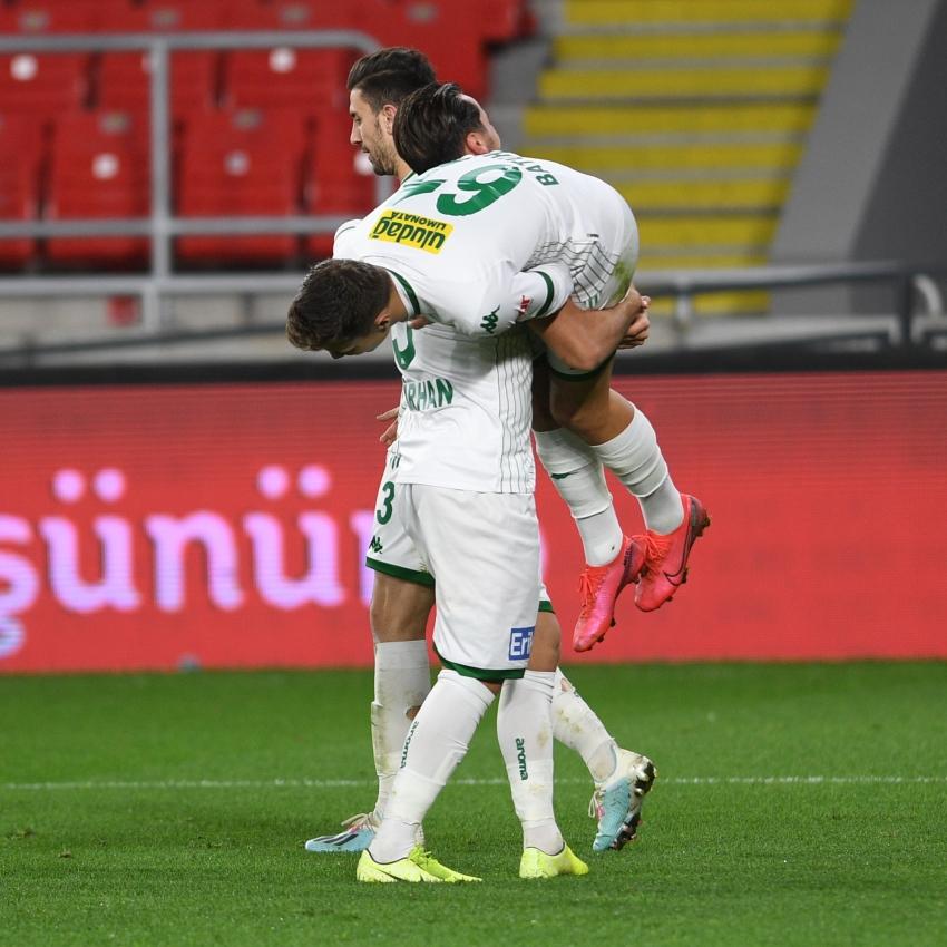 Bursaspor'un tarihi Göztepe maçından en özel kareler