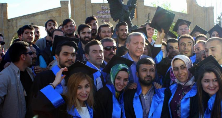 Erdoğan o öğrencileri yalnız bırakmadı