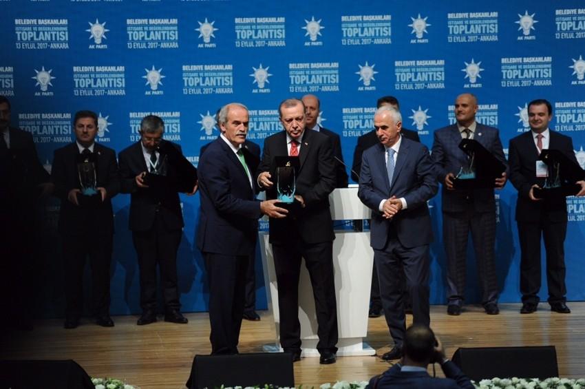 Erdoğan'dan Bursa Büyükşehir Belediyesi'ne ödül