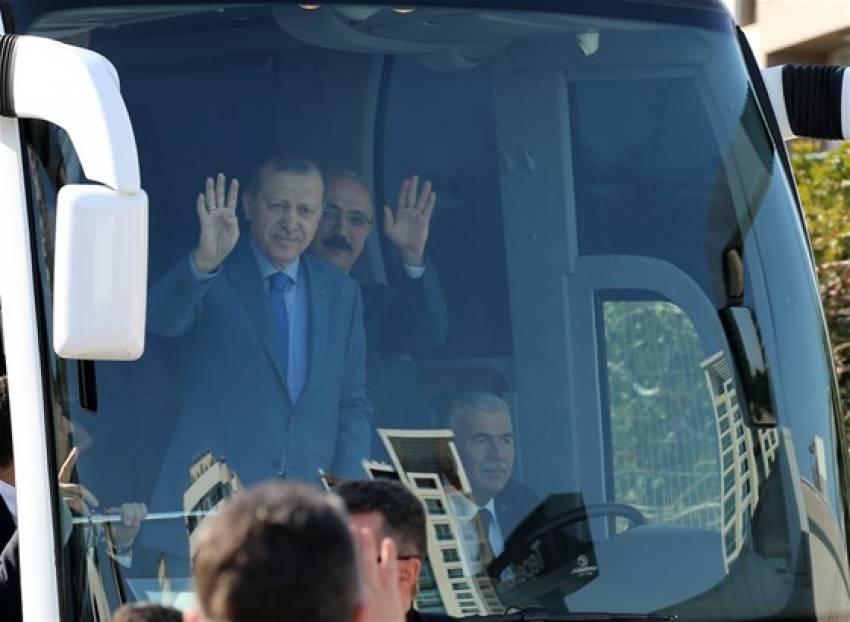 """Erdoğan: """"Burada insan olduğunuzu hatırlayacaksınız"""""""