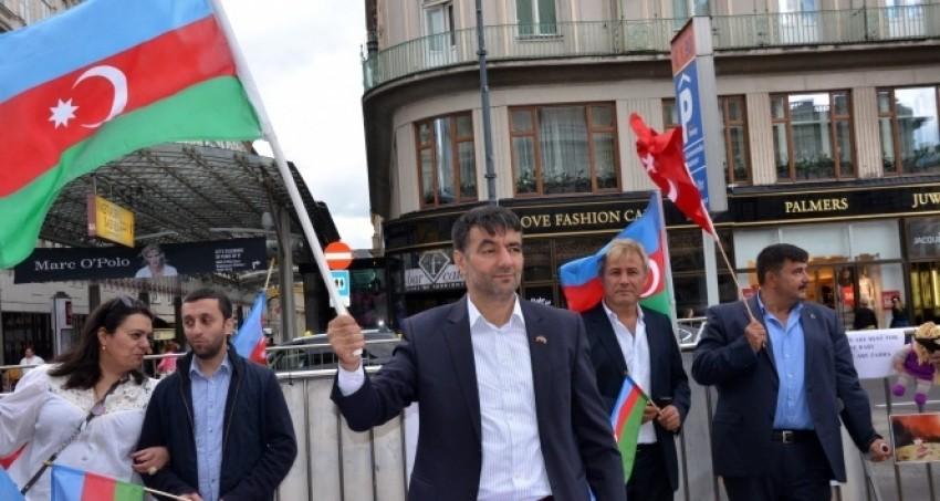 """Avusturya'da """"Ermeni Katliamına Son"""" gösterisi"""