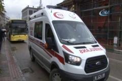 Evine gitmek için bindiği otobüste kalp krizi geçirdi