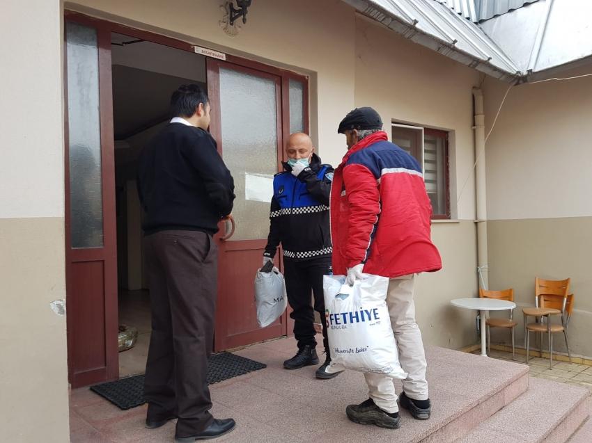 Gemlik Belediyesi evsiz yurttaşa sahip çıktı
