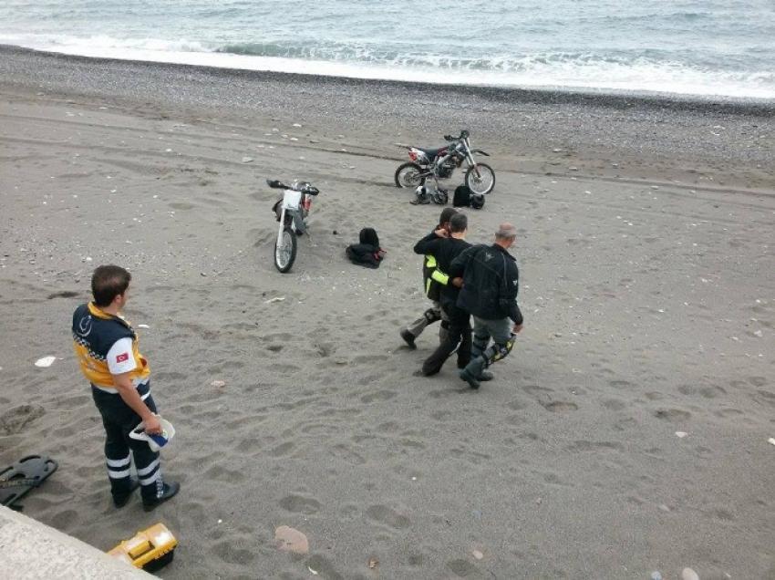 Motosikletli şov kazayla sona erdi