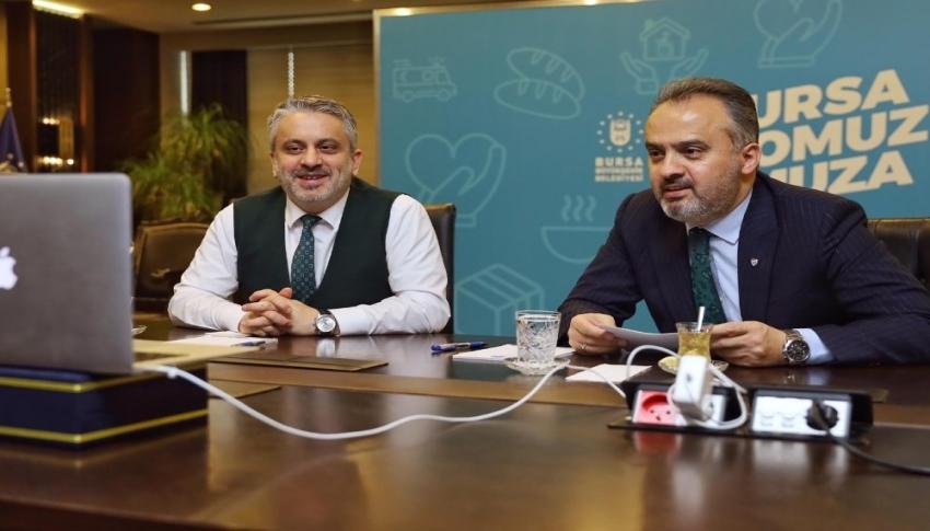 Bursa'da Alinur Aktaş telekonferans bağlantısıyla toplantı...