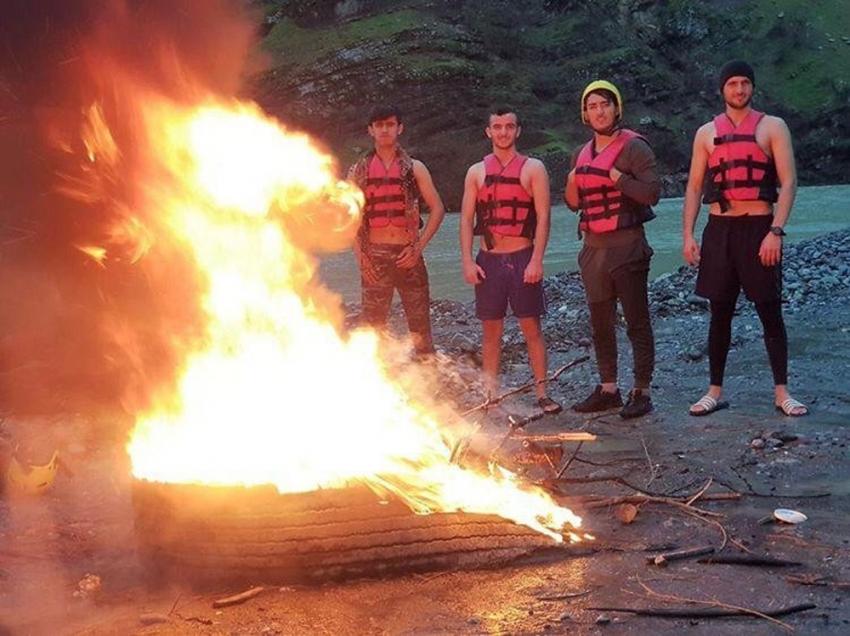 Eksi 1 derecede rafting yarışması hazırlığı