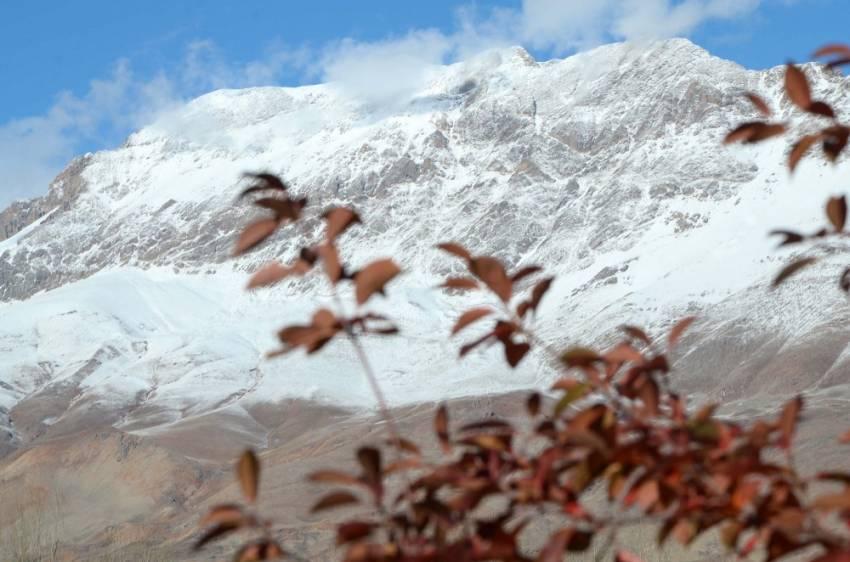 Ovacık'ta kartpostallık görüntüler: 2 mevsim bir arada