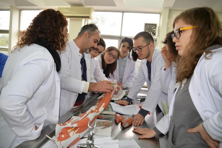 BUÜ Tıp Fakültesi'nin misafir öğrenci sayısı artıyor